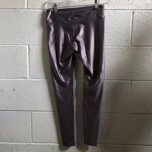 Koral Pants - Koral lavender 7/8 length legging sz med 60866